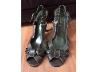 NINE WEST heels - size 6