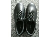 Beckett Black Men's Lace Up Shoes (NEW, UK 9)