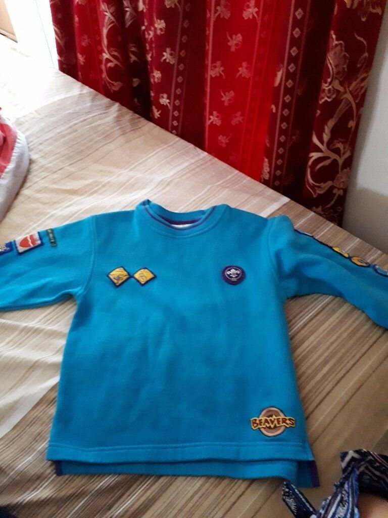 Scout Beavers sweat shirt, trousers and scarf