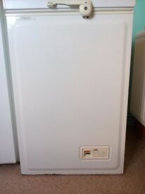 Hotpoint RC14 Freestanding Chest Freezer