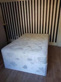 Bedrooms to rent