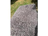 Grey rug with white flex long pile