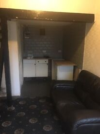 Office/craft unit to let 10ft x 16ft
