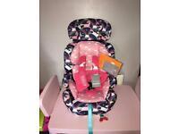 Cosatto unicorn car seat ( used a few times ) no longer needed ❤️