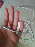 SELLING: Macbook Pro Charger