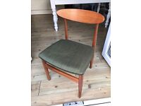 Sets of 4 curved back retro dining chairs ideal mid- century look