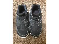 Nike Black & White Huarache run unisex toddler