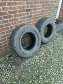 Tyres x 2 mud terrain tyres 265/75/16. 6 monthes old