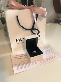 Heart shaped Pandora ring