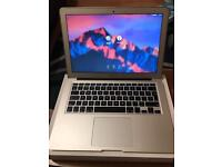 """Apple MacBook Air 2015 13.3 """" mint condition boxed"""