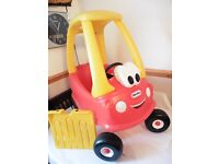 Little Tikes Cozy Coupe Car Ride in Good Condition with foot board IN LONDON W14