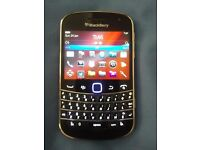 BlackBerry Bold 9900 - 8GB - Black - Smartphone