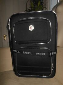 Large black Paekil suitcase double expanding top 2sturdy handles strong strap 61x42x38 outer pocket