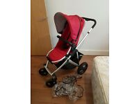Britax smile pushchair in excellent condition with carrycot that has never been opened and raincover