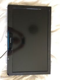 Panasonic 32 inch LCD TV - in great condition - only £80