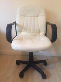 Cream Cushioned Office/ Desk Chair