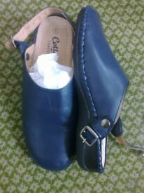 COTTON TRADER NAVY BLUE SLINGBACK MULES 6-NEW