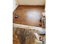 WOOD AND LAMINATE FLOOR'S FITTER.