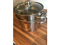 Pasta cooking pot