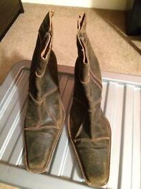 Ladies size 8 suede high heel boots