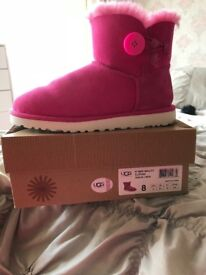 Genuine Uggs - Pink - Size 6.5 uk - Worn once excellent condition