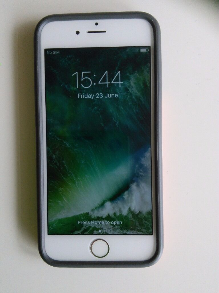 iPhone 616GBin Kirkintilloch, GlasgowGumtree - iPhone 6 with 16GB. In white and gold. It is registered with EE but can be unblocked. There are some marks on the back but these arent visible with the cover on. The cover comes with the phone at no extra cost. It has had a new glass screen fitted at...