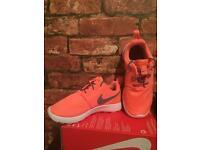 Nike Roshe One UK Kids Size 13 Brand New Trainers