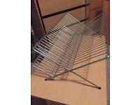Metal dish rack