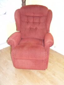 CAN DELIVER - SHERBORNE DUAL MOTOR MOBILITY RISE RECLINER CHAIR IN VERY GOOD CONDITION