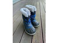 Sorel snow boots children size 30 / UK 11.5