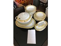 Crockery set for sale