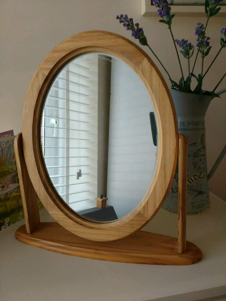 Mirrorin Tonypandy, Rhondda Cynon TafGumtree - Dressing table mirror in lovely condition