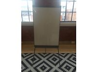 Flip Chart Easel / Dry-Wipe Whiteboard with Full Paper Pad