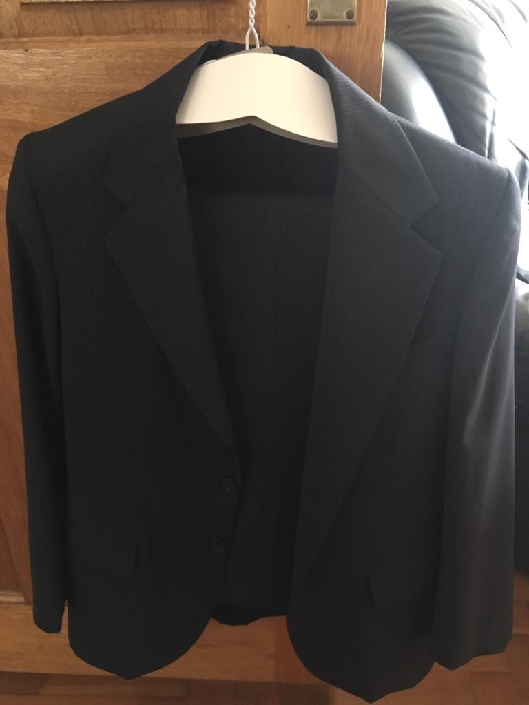 Boy's Suit - Italian - 100% wool.