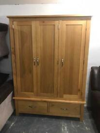 Oak triple wardrobe