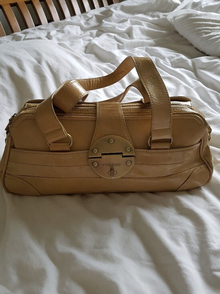 2ea1fb402 2 handbags | in Childwall, Merseyside | Gumtree