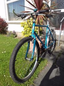 """SARACEN BACKTRAX MOUNTAIN BIKE 21 SPEED 21"""" FRAME WELL CARED FOR AND WELL MAINTAINED"""