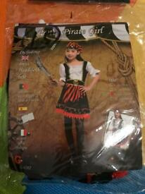 Halloween dress- pretty pirate girl