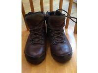 Blacks ladies leather walking boots size 5 (38)