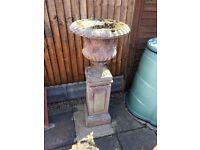 Large ornamental stone urn planter and plinth - Heavy