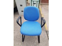 Blue office operators chair / Blue static office visitor chair