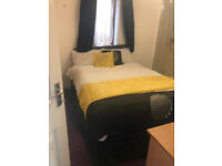 Double room with En-suite(shower & toilet) - No Deposite