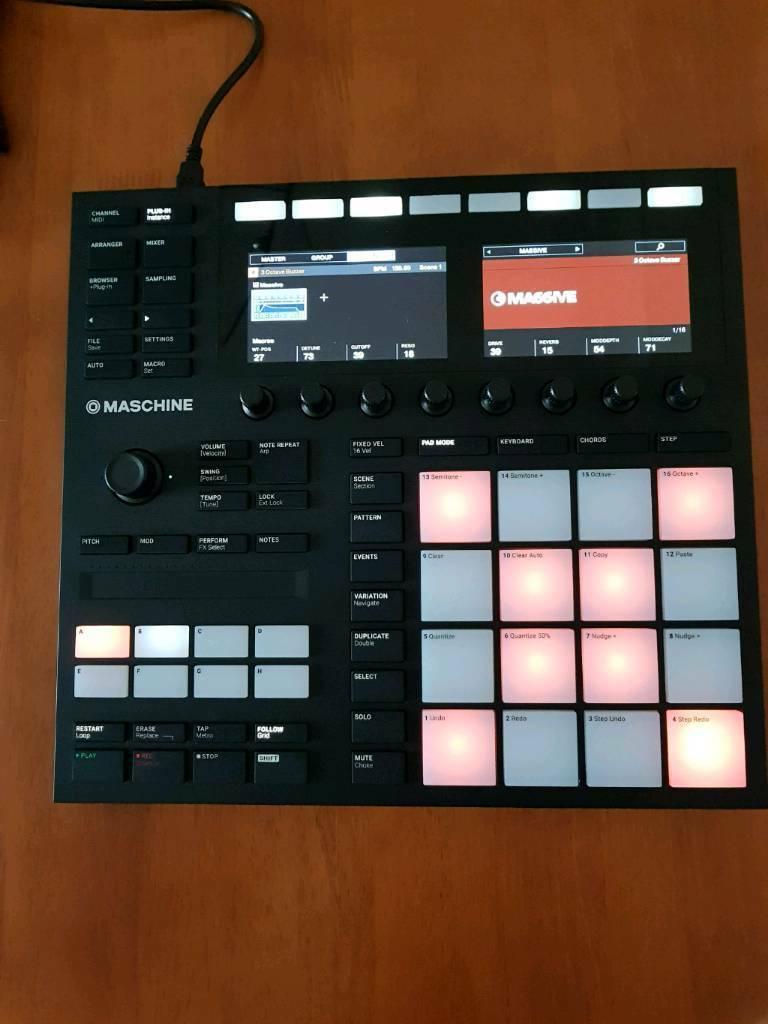 Native instruments Maschine mk 3/sampler/drum machine/vst/with deck saver  case/Warranty   in Wigston, Leicestershire   Gumtree