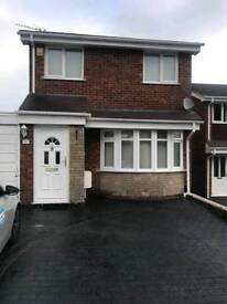 3 bedroom House with Deatched Garage