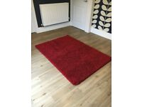 Soft red rug - great condition Macclesfield