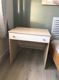 Wardrobe, 2 bedside cabinets & dressing table