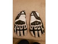 Rst white and black leather gloves size xl