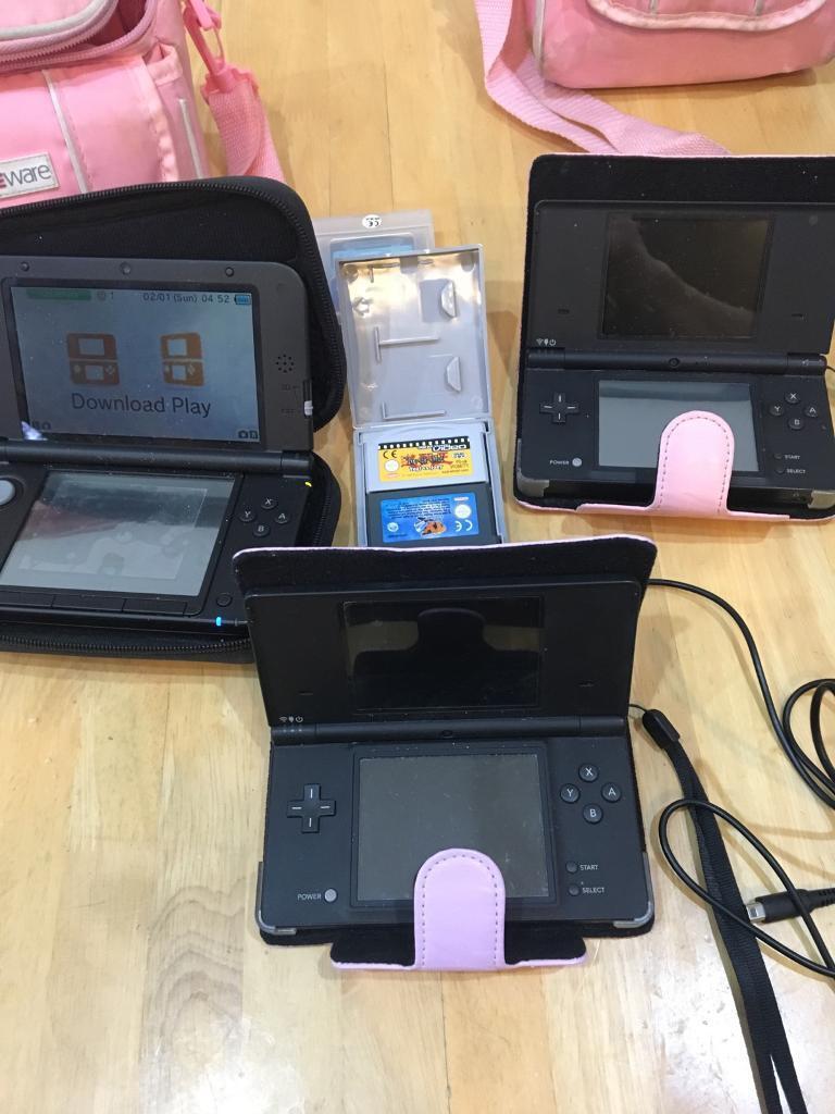 Nintendo 3 DS XL super condition