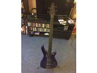 Ventura Fretless electric bass