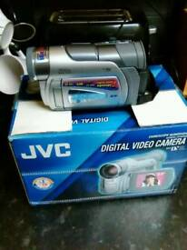 Jvc digital video camera with box untested